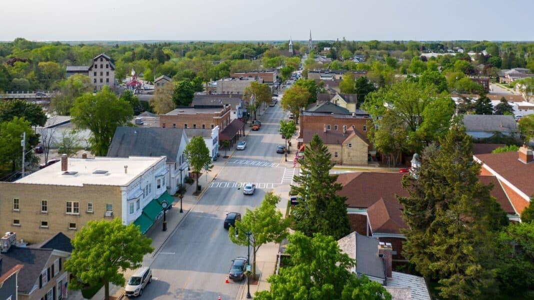 Downtown Cedarburg. Credit: Jon Elliott of MKE Drones LLC