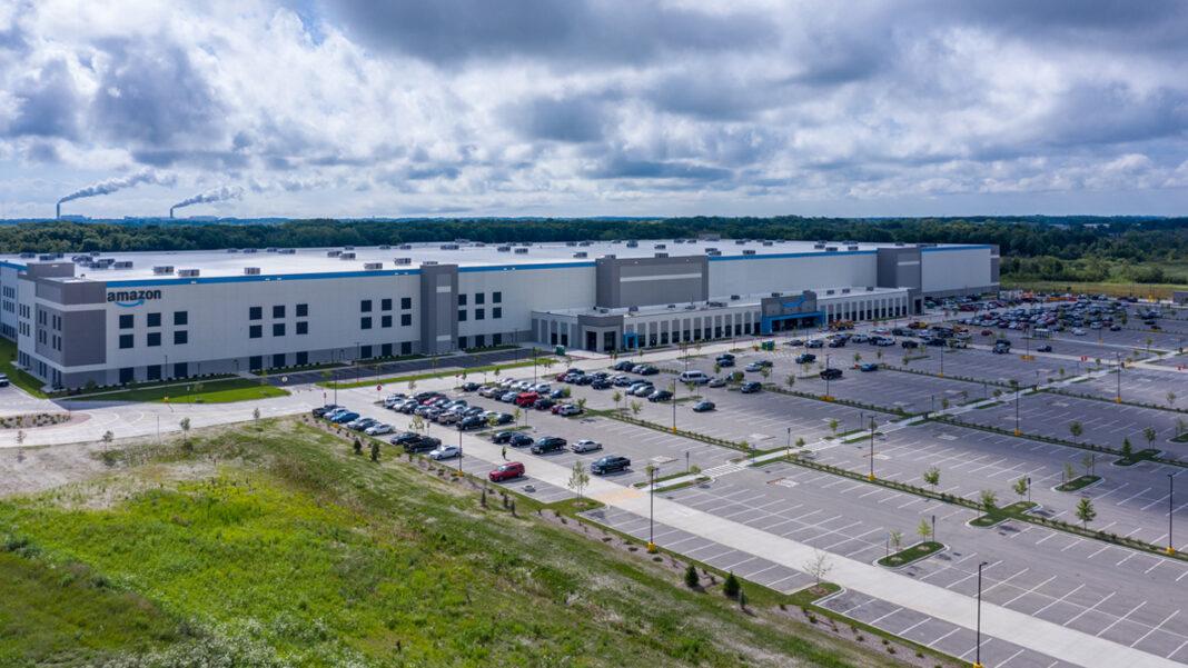 Bird's Eye View: Amazon's new Oak Creek facility